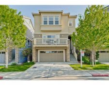 Maple Ln, East Palo Alto, CA 94303