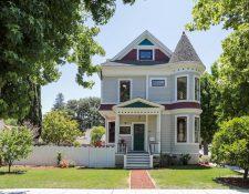 College, Palo Alto, CA 94306